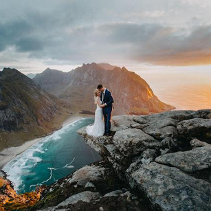 Fall in Love With These 12 Gorgeous Pre Wedding Shoot Locations in Europe