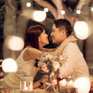 Night Photoshoots That Really let Love Shine