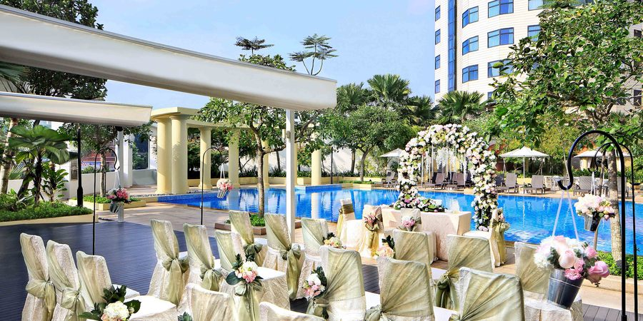 00 cover park hotel clarke quay poolside wedding solemnisation set up %28media ready%29