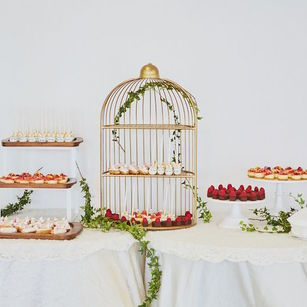 8 Wedding Caterers Recommended by Wedding Couples