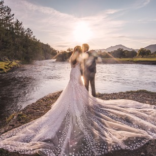 9 Award-Winning and Hugely Popular Photographers That You Really Want To Engage For Your Wedding