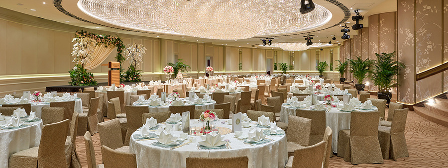 00 cover the fullerton hotel singapore ballroom wedding round table ok