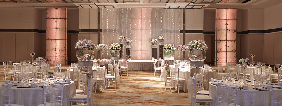 00 cover singapore marriott tang plaza hotel wedding theme enchanting eden pink 1