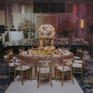 Table Setting Dilemma: Classic Long OR Traditional Round?
