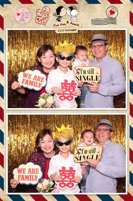 Jun Hao & Annie (Photo Booth)