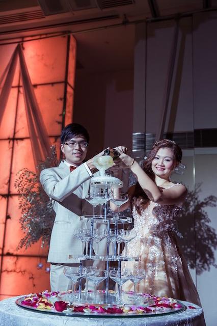 We Hong & Jiexi