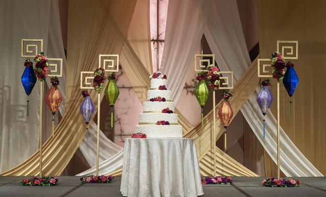 Singapore marriott tang plaza hotel wedding theme oriental passion