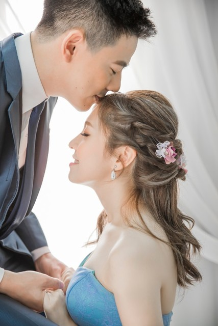 Sai BoBo Tun & Gwendoline Goh