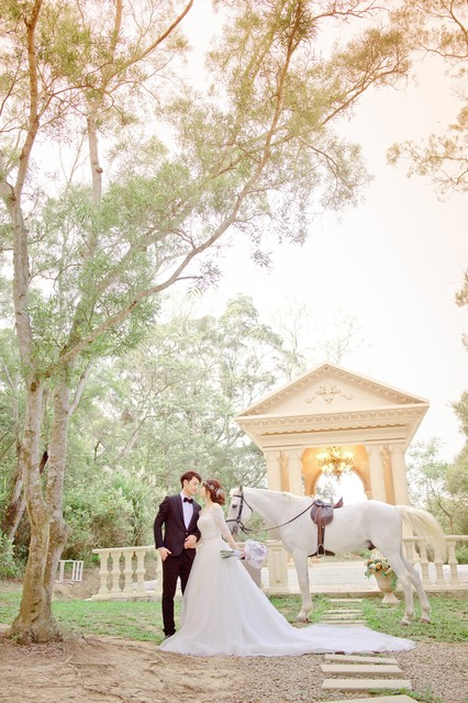 """Happiness Ever After"" Pre-wedding photo"