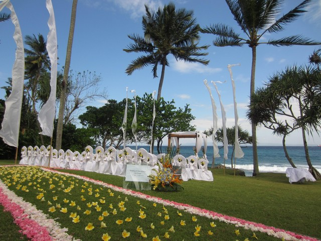 Wedding Ceremony - front of Seasalt