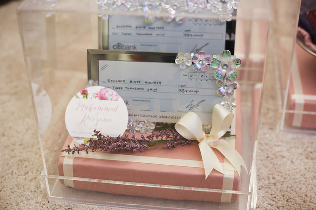 Muhammad & Roszana (Gift Trays)