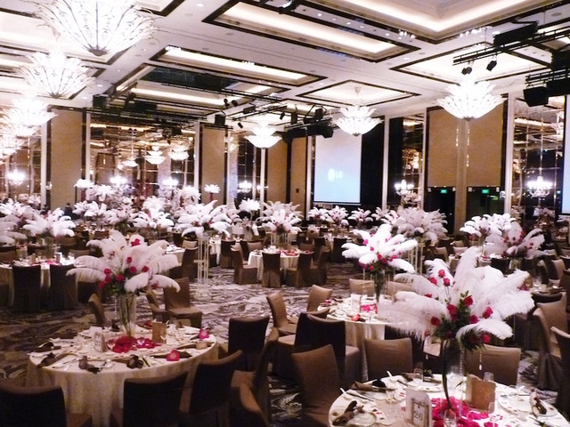 Venue Decorations (Gatsby Glam)