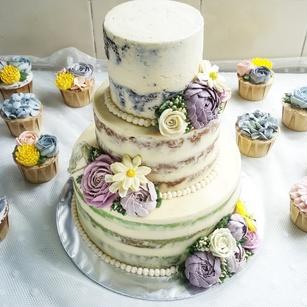 Highly Customised Wedding Cake