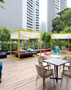 Oakwood studios singapore alfresco 2 %281%29