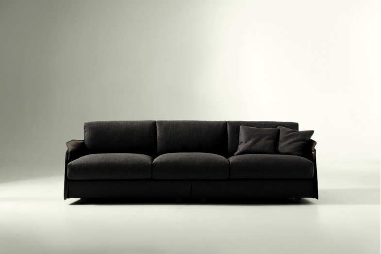 Fabula Sofa by Umberto Asnago for Giorgetti
