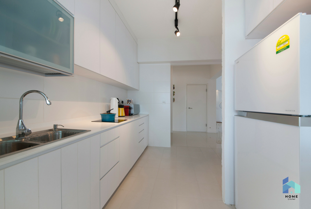 Interior Designer Edge Interior Yishun & amazing kitchens in condos and HDBs | Home By Hitcheed