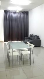 Mutiara Ville Cyberjaya Medium room
