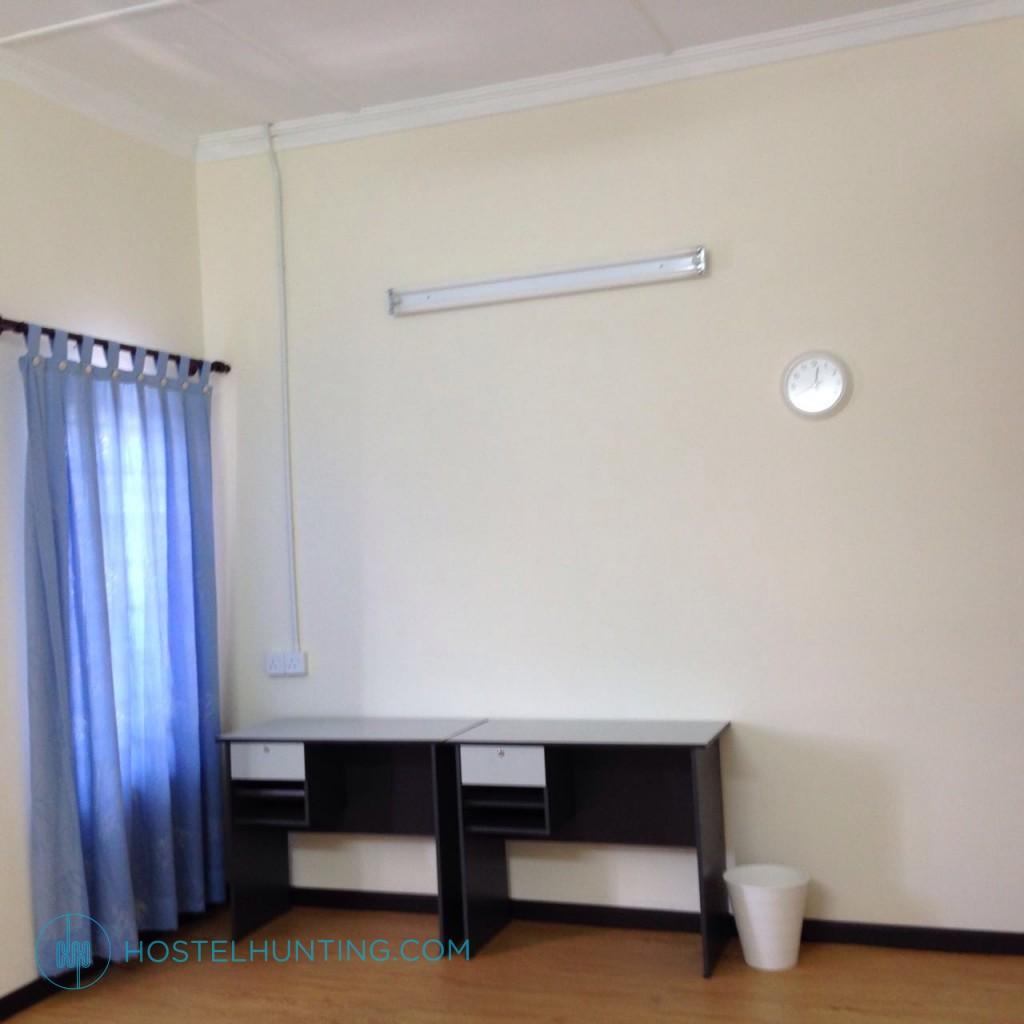 Usj 5 Gated Guarded Hostel Master Bedroom Subang Jaya