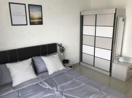 Mutiara Ville Middle Room