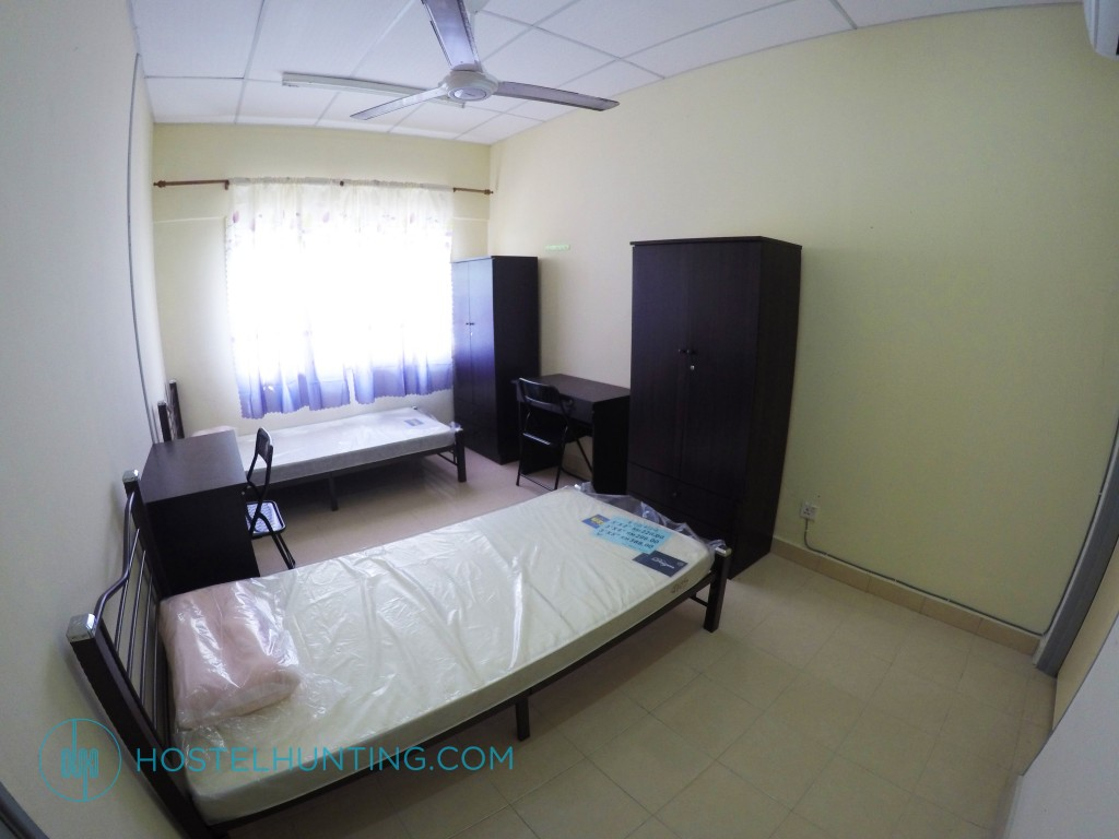 Seri Atria Apartment W Ac Master Bedroom Shah Alam Selangor Room For Rent Hostelhunting
