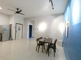 Damen Residence Middle Room