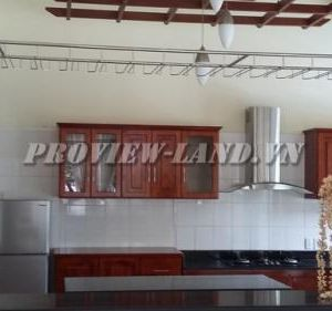Villa for rent on Nguyen Van Huong 450sqm 2floors full furnished