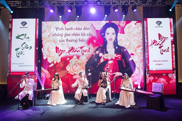 idol tổ chức sự kiện ra mắt sản phẩm