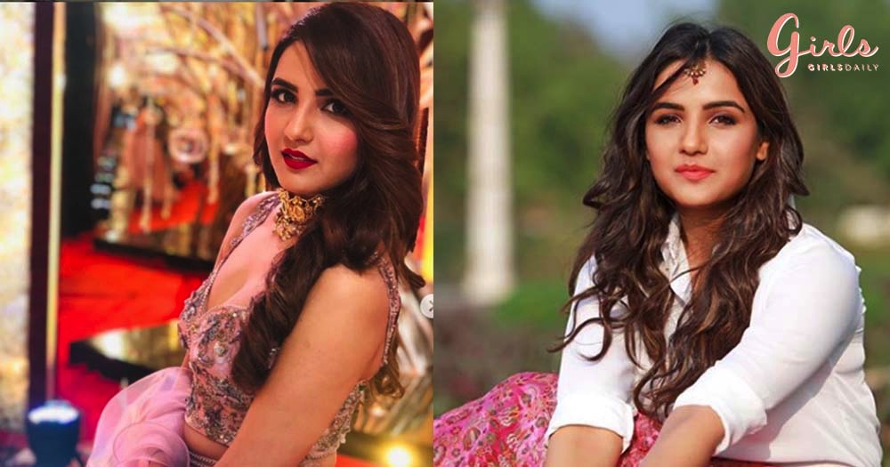 11 Cute Moments Of Actress Jasmin Bhasin That Will Make You Loose Your Hearts!!