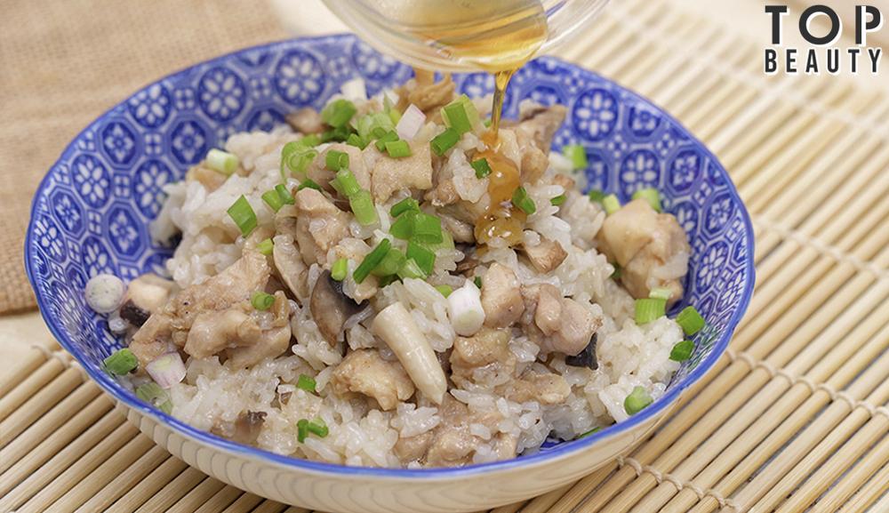 香菇麻油雞燴飯_淋上麻油豉油