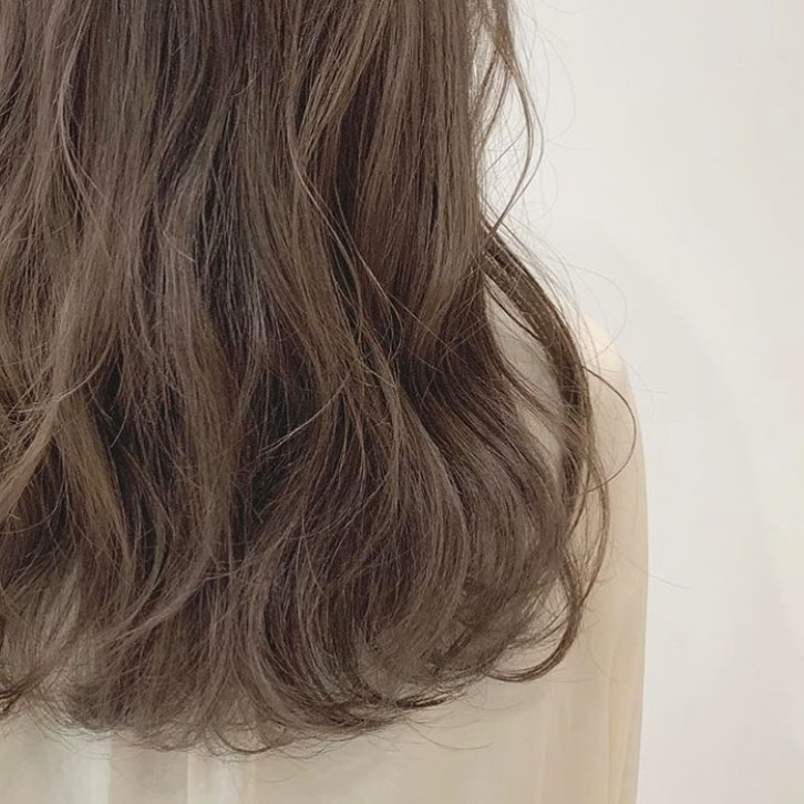染髮後最驚褪色變黃!4款不易褪色的持久髮色,這髮色是黃皮妹子顯白救星!
