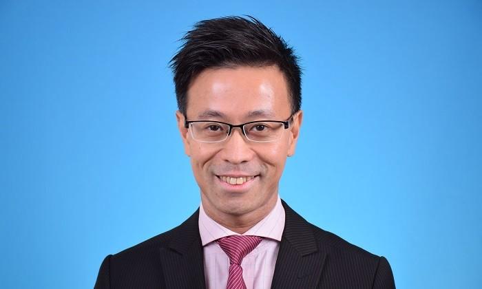 Willie Cheng portrait, hr