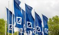 Deutsche Bank flags, hr