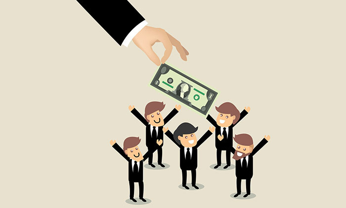 businessman giving money - 123RF