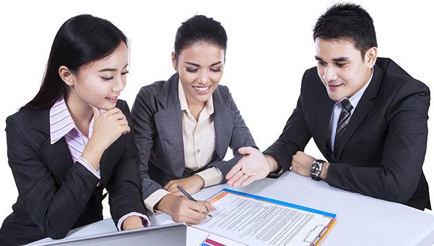 Malaysia employees - 123RF