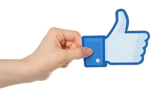 Facebook like-123RF