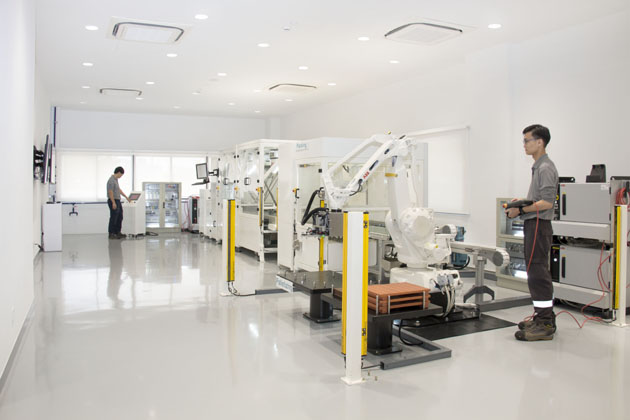 ABB opens new customer innovation centre in Singapore   Human