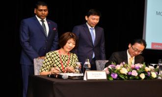 Priya-November-2018-Oracle-Official-Signing-Photo-3-Provided