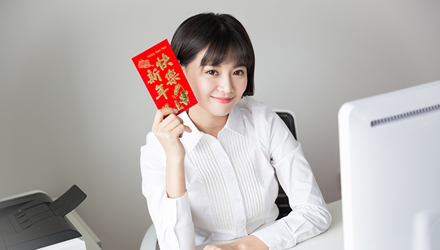 HSBC and Bank of East Asia offer generous red packets to