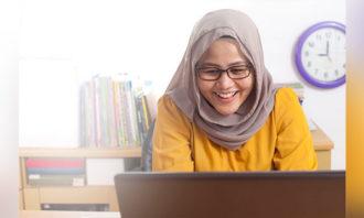 Priya-March-2019-Malaysia-civil-service-no-job-loss-123RF