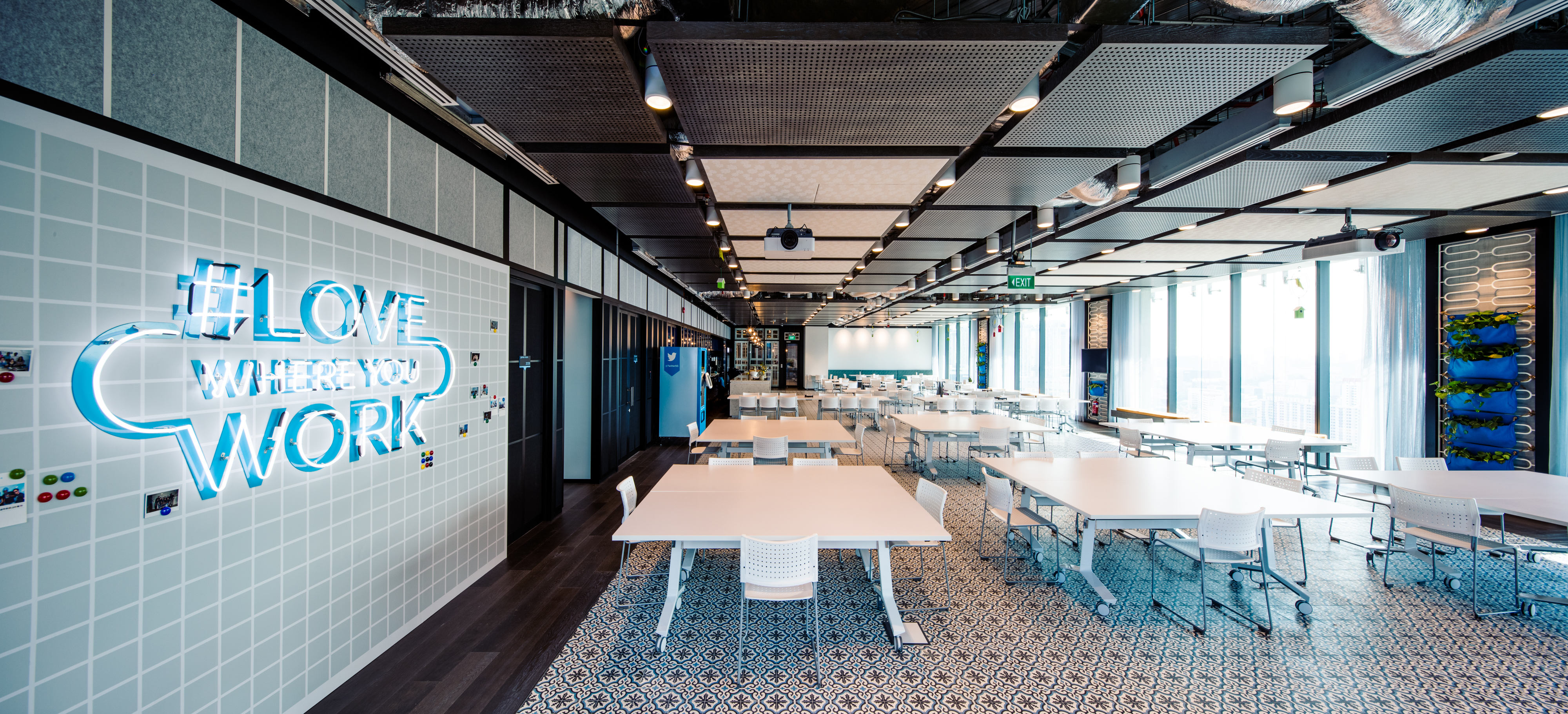twitter office interior online social networking platform twitter has officially opened its asia pacific headquarters in singapore look inside twitters newly launched sg quarters marketing interactive