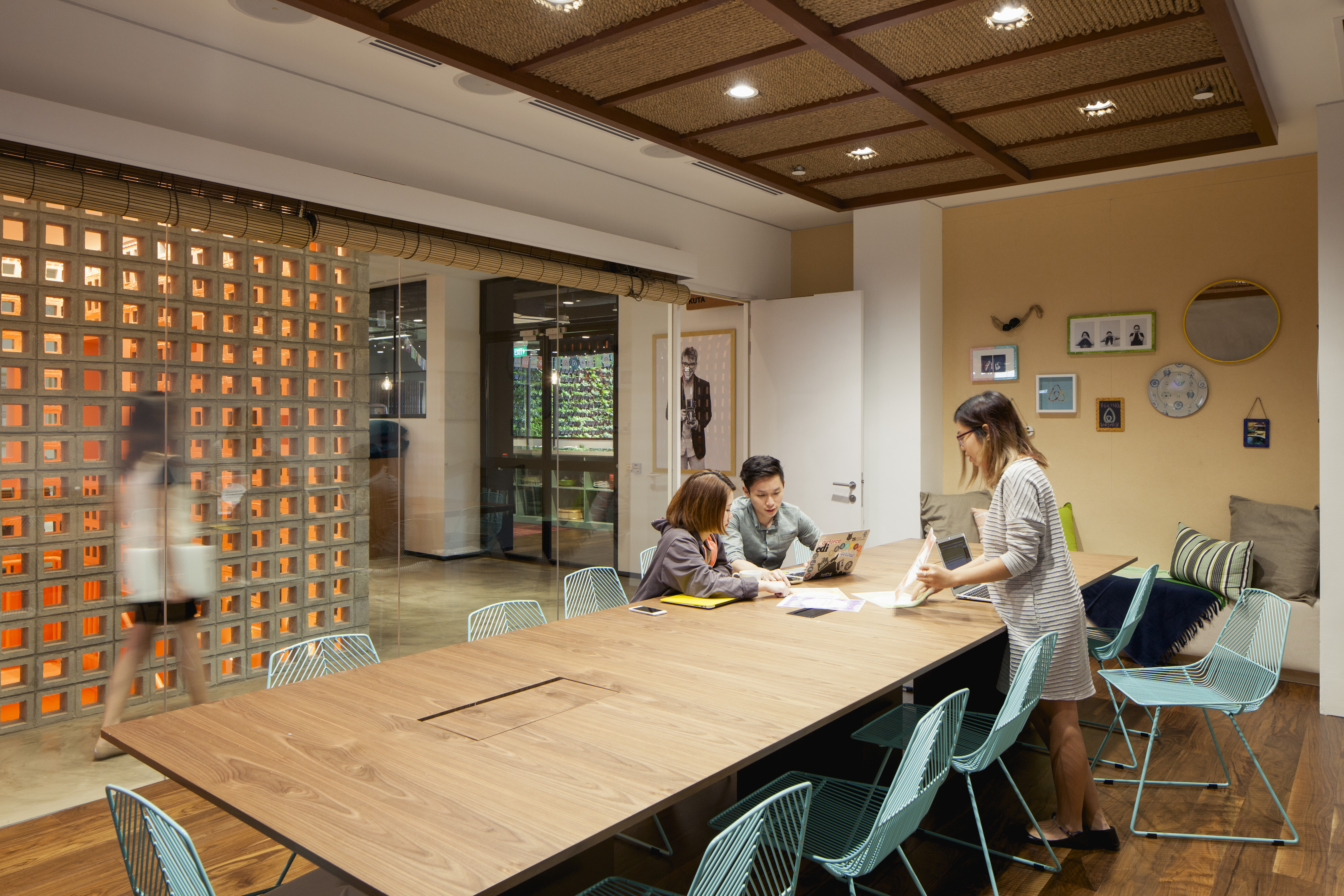airbnb office. Airbnb Has Recently Unveiled Its New Singapore Office Which Provides A Trip  Around The World In Minutes. Check Out Pics Here: Airbnb