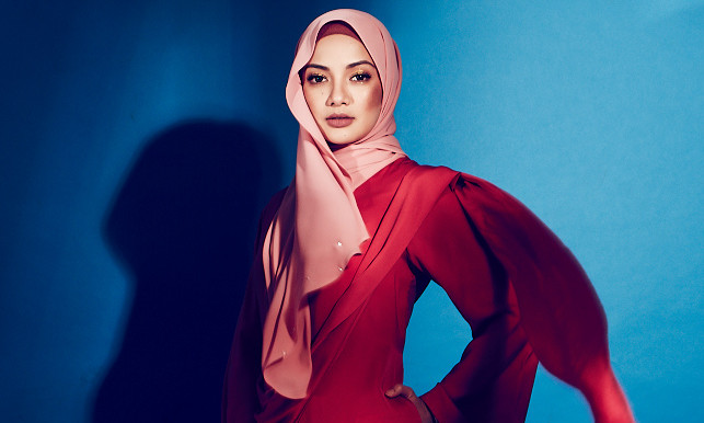 8e633e45ac6 Neelofa under fire (again) for launching hijab collection at Zouk ...