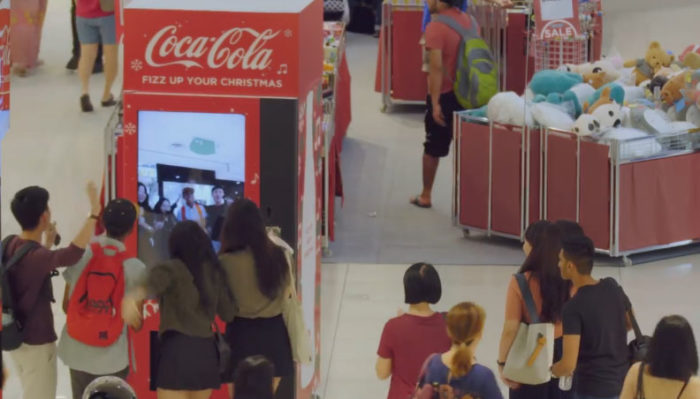 Coca-cola gets consumers singing during the holiday season