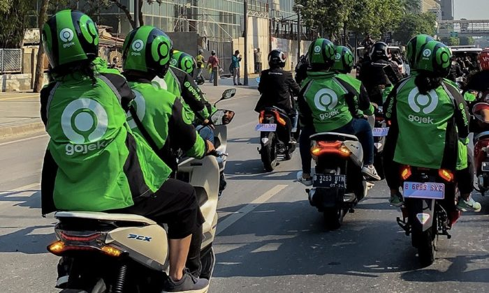 Gojek drivers raise funds for Malaysia's Big Blue Taxi