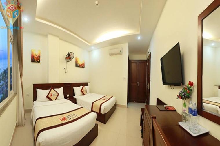 Phòng 2 giường hướng nhìn ra thành phố