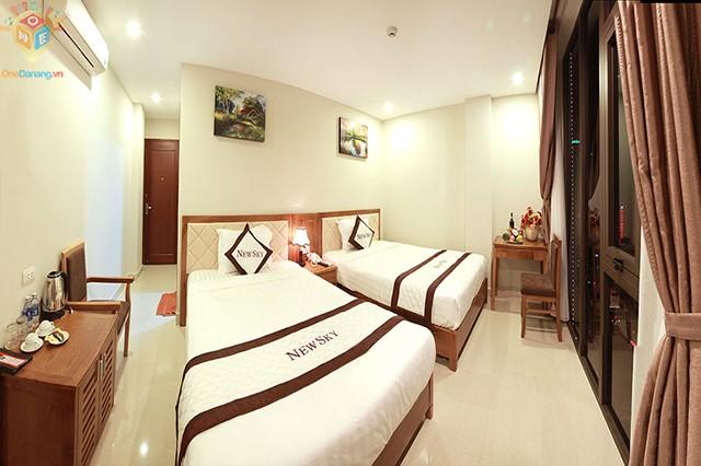 Phòng 2 giường hướng thành phố