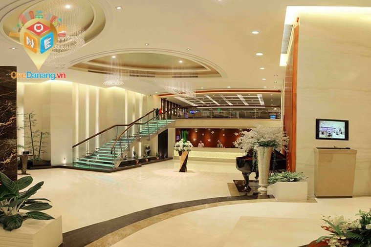 Khách sạn Brilliant