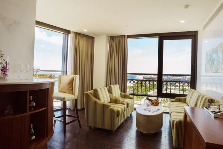 Executive Spa Suite Beachfront