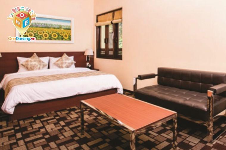 Premier Deluxe King Bed
