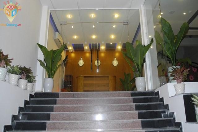 Khách sạn NGUYEN